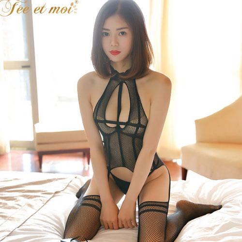 柔情漣漪-優雅掛脖露背鏤空性感連身吊帶式貓裝