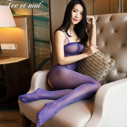 絲絲情意-蕾絲肩帶亮絲連身絲襪貓裝(下部開檔)-紫