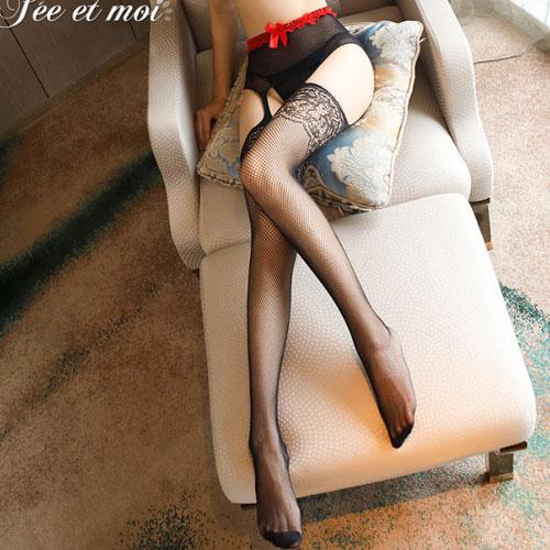 甜心教主-時尚性感蕾絲緹花修身款吊帶襪 褲襪-黑